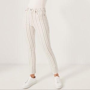 NWT Abercrombie high rise striped skinny jeans